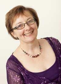 Dr Carolyn Wallace