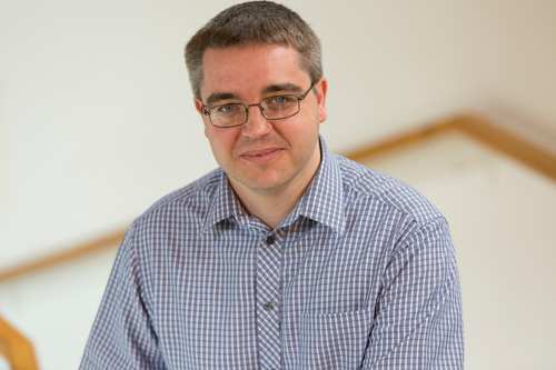 Dr Gareth Owen