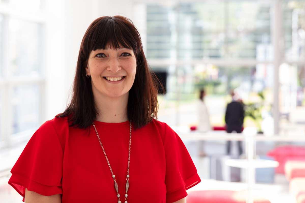 Dr Helen Jones