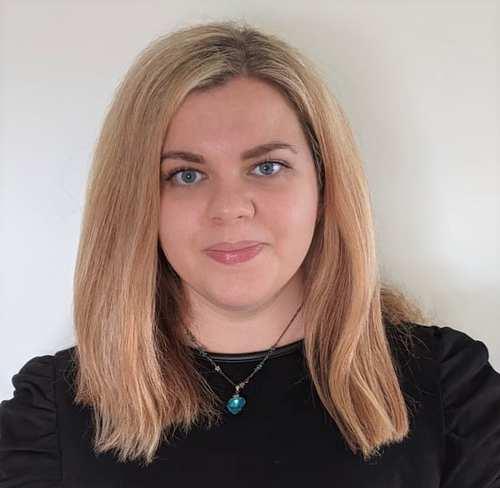 Dr Lauren Josie Thomas, Senior Lecturer in Marketing